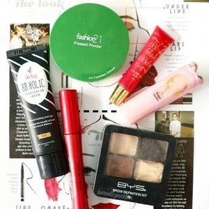 #MOTD : ♡@iwhitekorea bb holic everyday cream (beige) ♡@fashion21_cosmetics pressed powder with cucumber extract ♡@bysphilippines brow definition kit ♡@fashion21_cosmetics double up mascara ♡@sminkbeautyph blush blush baby (headturner) ♡@realnaturaorganics dear teen lipstick (kayo) . . #clozette #makeup