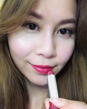 The Only 1 Matte Lipstick from @rimmellondonsg delivers intense colour in just one swipe and it's so comfortable to wear! I'm wearing shade 810 - The Matte Factor and I love how it brightens up my face instantly despite minimal makeup. #RimmelSwatchSquad #TheOnly1Matte