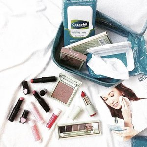 Staying in this APEC Summit Holiday and catching up on backlogs! Especially on my beauty reviews.  Good thing I have the Cetaphil Gentle Cleansing Cloths so I can easily wipe off makeup in between swatches. @cetaphilph  Also in photo, lip balms and lip tints from Lip Pure, and my latest beauty discovery @pixibeautyph, soon on the blog 😍  #clozette #makeup #skincare #PixiGlow #pixibypetra #lippure #lipice #beauty #bbloggersph #stylecentricbeauty #cetaphilph