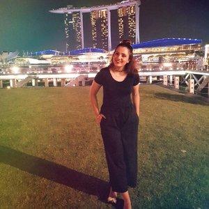 Saturday 🌃 | Amidst the stars. Hope all of you had an amazing Saturday . .  #stylexstyle #clozette #sgig #makeupaddict #makeupslaves #desi #makeupmess #makeupjunkie #beauty #beautyblogger #bbloggers #hudabeauty #makeupblogger #sgbeauty #sgigbeauty #tcllookbook #wakeupandmakeup #beatthatface #jj_forum #fashion #lookbook #punjabi #lookbooksg #ootd #singapore #style #wiwt #desi