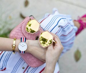 Styling these elegant arm party pieces perfect for my outfit 😍✨⌚ @danielwellington: Quote <MELISSAJANE> for 15% off, valid till 15 Sept 2016  @thepeachbox: Quote <MELISSAJANEFEROSHA> for 15% off, valid till 30 Sept 2016  Tap for more deets!☝😄 #DanielWellington #ThePeachBox  #Revolve #RevolveMe #TularosaLabel #Tularosa
