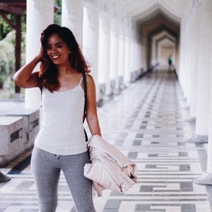 That Friday feeling 💅🏼 #clozette #clozetteco #stylesurgeryblog #ootd #outfit #bloggersph #taiwan #travel #chiangkaishek #taipei #travelblogger #outfitph