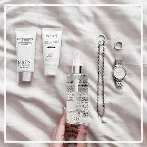 N o T S | This month, I'm working @nots_global's CC and BB Creams + Cleansing oil into my beauty regime! As I have sensitive skin, these creams seem promising due to the presence of enriched botanical extracts for easier penetration of nutrition and hydration 😍 let's see how it goes! (Really loved their Revital Fluid!) . . . . #clozette #nots #sasasg #beautyjunkie #kbeauty #sgbeauty #sharingiscaring