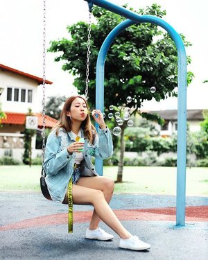 P O P 💛🍯 | Still thinking about how I left my bubble bottle at the playground 😢 . . . . #ootd #clozette #coordinatesoffrisbee #lookbook #lookbooksg #igsg #igers #sgblogger #fashionblogger 📷: @lensofmira
