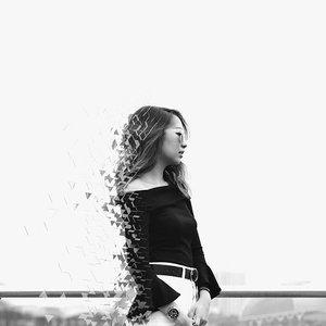 D I S P E R S E | Experimenting w new stuff. Yay nay? 🤓 . . . . #ootd #clozette #sgblogger #fashionblogger #lookbook #lookbooksg #bw 📷: @lensofmira