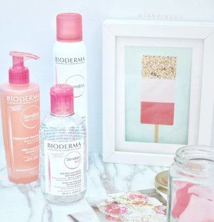 Good mornings start with good skincare. Bioderma is extremely gentle to the skin. Plus! I like how its paraben-free, soap-free, alcohol-free and hypoallergenic. 💕  #bioderma #biodermasensibio #biodermasg