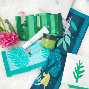 "Welcoming June with the @innisfree Eco-Handkerchiefs and the NEW Bija Cica Balm!  Let's all use Eco-Hankie and keep the forests green, shall we? There are three designs depicting the Saryeoni Forest, Gotjawal Forest and Bijarim Forest in quaint and intriguing illustrations. As part of the campaign, 4 key products will be housed in the limited edition packaging too.  Also, soothe, heal, and strengthen your skin all at once with the Bija Cica Balm. Nicknamed the ""eraser balm"", innisfree's Bija Cica Balm is a light gel packed with 90% natural ingredients, effective for skin protection and clearing your skin of spots and pigmentation. Excited to try it out to lighten my acne scars~ #clozette #skincare"