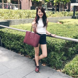 The other day in my casual weekend shopping get-up with my Taryn Beckert bag from @mizzuesg. So spacious and it matches my @drmartenssg boots too! 😉 Can I fast forward to the end of the work day now? - - #clozette #ootd #mizzue #mizzuesg #drmartens #forever21 #forever21sg #theurbansparkle #stylexstyle #fashiondiaries #fashion #outfitoftheday #outfit #ootdasia #ootdsg #ootd #lotd #lookoftheday #wiwt #wiwtsg #whatiwore #whatiworetoday #casualsunday #shopping