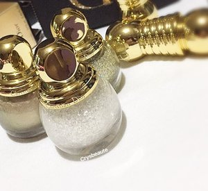 ❄️❄️✨so festive; Adding 001 nail vernis #diorbeauty #limitededition