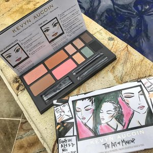 #KevynAucoin Art of Makeup Face & Eye Palette was the only palette I brought along with me for our mini-honeymoon....✨Inspired from the book of the same name, this palette features the Celestial Powder in Starlight, Sculpting Powder in Medium, Matte Bronzing Veil in Desert Nights & a LE Pure Powder Glow in Aurora with 6 brand new eyeshadow colors...✨Also loving this custom illustrated packaging from NYC-based artist Justin Teodoro! #clozette