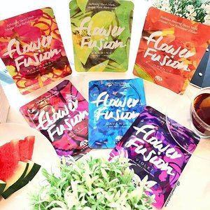 NEW from #OriginsSg are these Flower 🌸 Fusion Facial Masks!... ❣️Each single use sheet mask is made from natural bamboo & infused with pure flower extracts. ✨There are 6 variants, designed for different skin type & needs. ✔️Jasmine - Softening (Normal Skin) ✔️Rose 🌹 - Hydrating (Dry Skin) ✔️Orange 🍊 - Radiance (For Glowy Skin) ✔️Violet -Nourishing (Combination Skin) ✔️Raspberry -Refreshing (Oily Skin) ✔️Lavender - Soothing (Sensitive Skin)... 💥Exclusive to @SephoraSg, these sensory masks are retailing for SGD$5 per piece.. They smell so amazing! Can't wait to try them out! #clozette