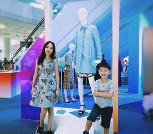 [Media Invite/Ootd/Fashion Review]  We had the same smile but 👦🏻can pose better than 👩🏻... lol. 💪  We were at Raffles City Spring/Summer fashion showcase last evening and he filmed down last evening's fashion show. 🙀Check out my insta-stories before they disappear. 👌 . . . . You may want to check out the upcoming fashion shows At Garden Court, Level 1 ✔️14 April (Fri) 5pm ✔️15 April (Sat) 5pm ✔️21 April (Fri) 7pm ✔️22 April (Sat) 5pm . . . . Thanks @rafflescitysg and @alvinologies for the kind media invite to Spring/Summer fashion show yesterday evening! . . .  #RafflesCitySG #OOTD #amcoengage . . . . 📷 by @claudia10 .#ootd #wiwt #ootdcampaign #ootdsg #instastyle#sgig...#imageconsultant #instasg #potd #igers #singapore#fashion #lifestyleblogger #clozette #starclozetter#sgblogger #fashionblogger #beautyblogger#lifestyle #picoftheday #sg #stylexstyle#travelblogger #iamtb #fashionstylist