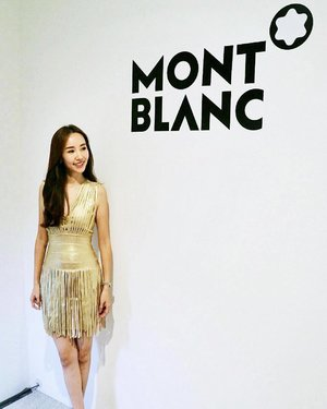 [VIP Invite/Lifestyle Review] Thanks @montblanc_sea for the kind invite to preview the latest collection for this year! 🙏  I am in awe with the assortment of beautifully crafted writing instruments, watches, leather and jewellery. 😍😍. Can't take any photos of the collection as they will be launched later this year. So privileged to get a glimpse of it. 🤗 . . #ootd by @kakooandayano . . #MontblancSEA #MontblancSG #Montblancsummit #beAHEAD #BWW17SG . . . . #imageconsultant #instasg #potd #singapore #fashion #lifestyleblogger #clozette #starclozetter #sgblogger #fashionblogger #beautyblogger #lifestyle #picoftheday #sg #stylexstyle #fashionstylist #travelblogger
