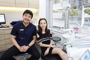 [Giveaway Contest]  @jesseltondentalcentre wants to give 10 of you a complimentary smile consult. 🙀  To participate: 1) FOLLOW @jesseltondentalcentre & @mselaineheng 2) FOLLOW FACEBOOK PAGE: Jesselton dental centre. 3) COMMENT on this picture with #smileonpoint and tag two friends. (It's just so easy!) Contest ends on Sunday, 21 May 2017. Winners will be announced on Jesselton Dental Centre Facebook page on 22 May 2017 & will have 24 hours to call Jesselton Dental Clinic to make an appointment for the complimentary consult. Good luck! 🏆 . . . . #sgcontest #giveaways #teeth #smile . . . . . . . . . . . . #imageconsultant #instasg #potd #igers #singapore #fashion #lifestyleblogger #clozette #starclozetter #sgblogger #fashionblogger #beautyblogger #lifestyle #picoftheday #sg #stylexstyle #travelblogger #fashionstylist