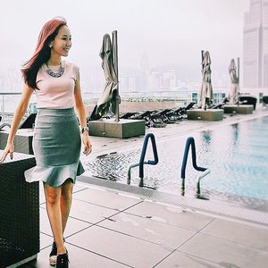 [Ootd/Fashion/Travel Review] Last day in Hong Kong, wearing @joopboutique light pink cap sleeve top, grey skirt with fluted hem, matched with joopboutique crystal tassel necklace. 😊 . . Thanks @joopboutique owner for arranging the apparels for me to fit into even though she flew back to Singapore last Friday and had to fly out of Singapore on sat night.  Really appreciate her kindness. 😘 . . . . . . . . . . #ootd #wiwt #ootdcampaign #ootdsg #instastyle #sgig #travel #travelgram #travelphotography . . . #imageconsultant #instasg #potd #igers #singapore #fashion #lifestyleblogger #clozette #starclozetter #sgblogger #fashionblogger #beautyblogger #lifestyle #picoftheday #sg #stylexstyle #favesfashion #travelblogger #iamtb #fashionstylist