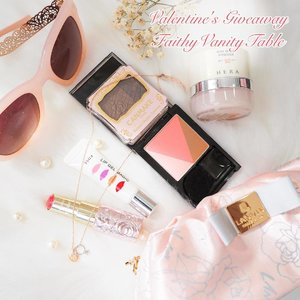 ⚡️-Flash Giveaway-Happy Valentine's Day everyone! 💑👩❤️👩👨❤️👨 -Here are my pouch essentials for this special day of love & giving....and inside it features one of my current favourite blushers + contour powders from #MaybellineSG! -Giving away one Maybelline V Contour blusher(1 pink, 1 peach) to 2 of my Singapore followers! To participate:just repost this, tag your friends and comment below which shade you prefer (pink or peach). Giveaway ends on 14th Feb 2359 hrs. Winners will be announced on 16th Feb.Good luck & spread the love! 😘💕 #clozette #sggiveaway #valentines2017 #instagiveaway