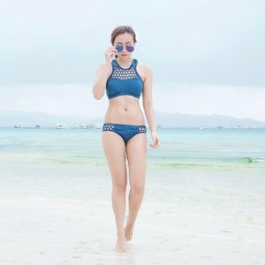 Sand in my toes and saltwater curls. 😌💙 last bikini photo. 😅 || 📷: @aggynuguid #AirAsiaPh #AirAsiaInCaticlan #clozette