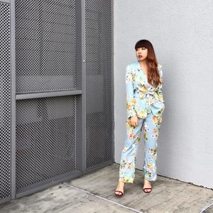 """L A D Y  M A Y F A I R ;  My first ever #likeaboss full """"power suit"""" that actually feels like pjs lolol 🌺🌼 got a lot of compliments for my curled hair the past 2 days as well 😎 Completed my 2 days of emceeing for an office event and omg I actually kinda enjoyed it? I hope everyone didnt think I was too lame 😂😂 but sia la damn draining to be hyper for 2 days straight 💁🏻 But yaaaay its almost Friyay! ✨ (Omg I damn lag ok I just updated my iphone iOS and suddenly all the emojis seems weird to me 🤡) #clozette #ladymayfair #fashion #florals #charleskeithofficial #ootd #ootdsg #ootdshare #ootdmagazine #potd #picoftheday #zara"""