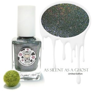 @moomoosignatures As Silent As A Ghost just arrived in the mail today and I couldn't wait to check this #limitededition 'accident' shade out. Will try to get swatches up on the #blog if time permits.  It's not part of the Halloween collection, but it could have very well been. Makes a nice fall shade too.  #nailpolish #polish #lacquer #macro #sgig #igsg #sgignails #sgnails #igsingapore #moomoosignatures #iger #clozette #indiepolish #indienailpolish