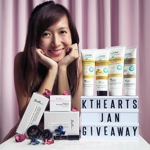 KTHEARTS GIVEAWAY✨Hello everyone! I'm holding a giveaway to thank all of you for the support on my blogging journey. This year, I'll be holding at least one giveaway every month, so do follow me and stay tuned! 🤗This time I'm giving away 3 sets of prizes:- #WinterOrganics facial scrub, facial cleanser, shower gel & hand/body lotion- #ReflectionsOrganics pressed mineral blush, mineral eyeshadow & lip glaze- #BellaSkin Phyto Illuminator Cream, Marine Mineral Mask, SOD Illuminator SerumMore details of the products and the terms & conditions of this giveaway are on my blog (link in bio). Please read through before participating! 🤗To participate,- Follow me and like this post- Comment which set you would like to win and why (bonus points if you find out more about the products on my blog)- Tag 3 or more friends (the more friends who join, the higher your chances of winning)Contest ends 30th Jan and prizes are to be collected at Sembawang/Orchard MRT to my convenience. All the best! 🎉#ktheartsgiveaway #giveawaysg #sggiveaway #sggiveaways #sgcontest #clozette #clozettedaily #sgbeautyblog #sgbeautybloggers #sgbeautyblogger #skincareorganic #organicskincareproducts #sglifestyleblogger #sgbloggers