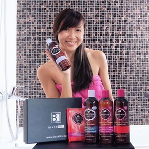 """GIVEAWAY! ✨ Keep your hair smooth and shiny with @HaskSingapore's range of hair care products! 😍 Find them in Guardian stores, or have them delivered to you by shopping on @Blackboxsg! You'll also get a further 10% off at #BlackBoxSg if you check out with """"BBxKAITING10""""! 😌  Because the giving season of Christmas is here, I'm giving away two boxes of #Hask products! 😍 1 x Superfruit range (shampoo + conditioner) 1 x Chia Seeds Oil range (shampoo + conditioner)  To take part - Follow me, @blackboxsg & @hasksingapore - Comment which range you want and why!  Giveaway ends on 11th Dec. Prizes will have to be self-collected at either Sembawang/Orchard/Somerset mrt to my convenience.  #clozette #clozettedaily #hasksingapore #haskbeauty #haircareproducts #haircare #sggiveaway #giveawaysg #sgcontest #sgcontests #giveawaycontest #sggiveaways"""