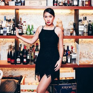 For all the blessings, cheers. 🍸 Donning @redninepl black pixie dress for our annual cocktail charity fundraiser at @tessbarsg over the weekend. Thank you for all the donors, Singapore Women's Association sends the love.💋 📷: @bleebt  #vsco #vscocam #igsg #ootdsg #wiwt #lookbooksg #redninepl #clozette #tessbarsg #instagood #instadaily