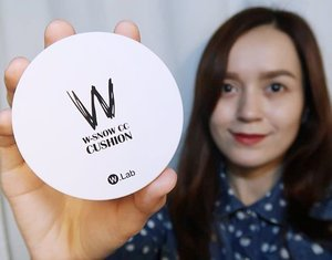 The @w.lab W-Snow CC cushion is what I've been using lately. It made my skin look flawless and radiant with minimal touchups throughout the day. 😀💗 More details about this cushion is posted on the blog! ✨ Check out 🔹www.bloominzahra.com🔹 for more infos. 🤗 Got mine at @charis_official and you can get yours at hicharis.net/bloominzahra 😄💕 #charisceleb #wlab #CoolingSensation #Kbeauty . . . . #beauty #clozette #beautyblogger #blogph #blogger #bloggers #igers #instagramers #igdaily #fblogger #fbloggers #bblogger #bbloggers #cushion #makeup #bloggersph #lifestyle #lifestyleblogger #beautyblog