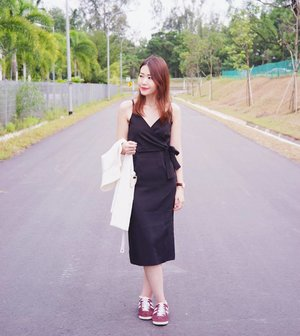 Going casual with this @abellachic olivia wrap dress today. 👟 #clozette #fashion #fashiondiaries #fashionblogger #ootd #ootdsg #weekends #explore #bali #outfit #girl #igdaily #igers #sgblogger #today #portrait #vscocam #landscape #photography #travel #sonyimages #lookbook #art #mood #quotes #vibes #instahub