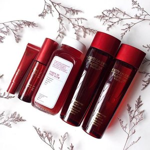 Detox, infuse and power up with 2 new formulations & 2 new additions to @esteelauder Nutritious Vitality8 Collection! Available from June 2016! #esteelauder #skincare #sgbeauty #bblogger #sgbblogger #clozette