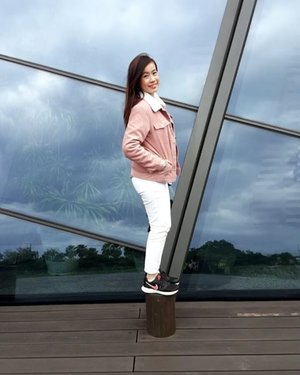 Kinda missing the chilly weather in Taiwan 👣 Can't wait for March and April to come to an end! 😥 #joannelummzootd #boomerang #igsg #sgig #potd #lotd #clozette #stylexstyle #latergram #throwback #taiwan #yilan #theclosetlover #tclootd