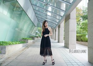 #throwback to my #ootd for #AmeiUtopiaSG: Black Francesca Lace Jumpsuit from #faythlabel #dressedinfayth ⚫ Love how this jumpsuit actually looks like a dress! Comfort level 100%! 🤗 #joannelummzootd #amei #张惠妹乌托邦2 #张惠妹演唱会 #igsg #sgig #potd #lotd #latergram #clozette #getfash