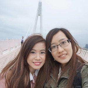 想念 台湾 👭❣ #SYMZtravels #joannelummztravels #taiwan #taipei #fishermanswharf #wefie #igsg #potd #lotd #clozette #stylexstyle #latergram #throwback