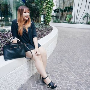 It's been awhile since there was an ootd. 🙈 Here my ootd for @styleconasia (📷: @carerynn)  Bag : @carlorino Dress : Brands Outlet  Jacket & Heels : @zaloramy .  #StyleConAsia2016 #StyleConAsia #Gushcloud #Stylehaul #stylehaulasia #zaloramyxstylecon #clozette #ootd
