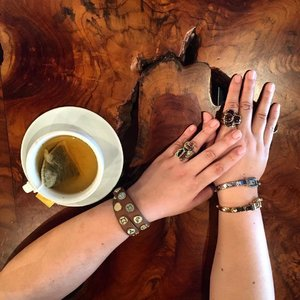 Stacking rings and cuffs with a side of herbal tea . . . . . : : .  #details  #mycasualstyle #abmhappylife  #styleguide #acolorstory #styleinfluencer #styleinspiration #ootdenvy #aboutalook #fashionbloggers #fashiondiaries  #fashiongram #fashionpost #ootdwatch #wiwt #fashiongirl #thatsdarling #ootdshare #abmlifeiscolorful  #whatiwore #clozette  #myunicornlife  #currentlywearing #effortlessstyle #todayiwore  #flashesofdelight #pursuepretty  #ootdfash #outfitpost