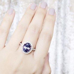Kind of random but who doesn't like real sapphires and diamonds? https://theskinnyscout.com . . . . . #beautyblogger #igsg #singapore #styleblogger #clozette #sginsta #sgdaily #pamperyourself #diamondsareagirlsbestfriend #parisienne #wakeupandmakeup #beautyguru #armcandy #blingiton #mood #luxurylife #sparkly #fashionstyle