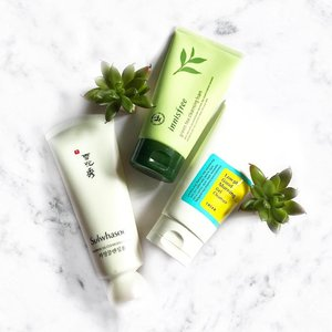 My favourites cleansers club has a new member!! Heee.  #Sulwhasoo Snowise Ex Cleansing Foam -> pH level 5.5-6 which is 🙌🏻! -> smells herbal, I love herbal scents. -> not stripping, my face doesn't feel like cracking and being squeezeddd.  #Innisfree Green Tea Cleansing Foam #Cosrx Low PH Good Morning Gel Cleanser  It's TGIF lovelies!!! Enjoy your day 💋  #clozette