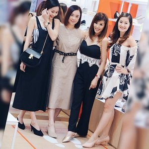 With editor @becksko and fellow mamas, lovely @lecinlurve & @miss_luxe , having fun in matchy Bata pointies. Congratulations @batasingapore on your sleek new look at Vivo City! // #clozette #batasg #comfortablewithit