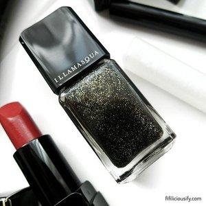 Considering this gorgeous Nightfall polish for upcoming build-up for New Years 💖 ___  #clozette #beauty #makeup #igsg #sgig #makeupsg #sgmakeup #beautysg #sgbeauty #instabeauty #instamakeup #makeupporn #makeupjunkie #makeupaddict #igsgbeauty #igsgmakeup #makeupmania #makeupmess #makeuplover #anastasiabeverlyhills #vegas_nay #trendmood #nightfall #newyearsnail #newyears #illamasqua #illamasquasg