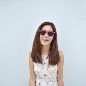 Back to vintage sunglasses, comes in various colours. Looking fresh and bright with these colourful glasses.  Price going on sale! Grab one like me 😎  Pm to purchase ! # #beautysg #scooters #bloggersg #clozette #clozettesg #blogsg #bloggersg #speedway3 #sgbeauty
