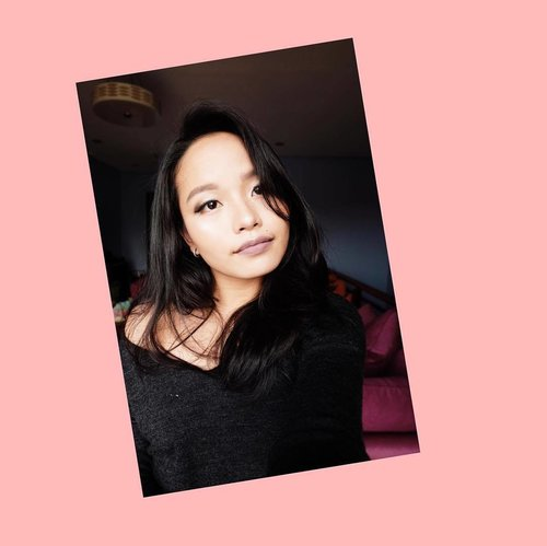 """<div class=""""photoCaption"""">""""Ang kapal naman ng make-up! Di naman maganda"""" """"Make up pa, tinatago pimples! Fake!"""" I'm so used to hearing that in random places and comment sections of make-up lovers and enthusiasts. Make-up isn't just about concealing imperfections, being fake, and covering blemishes. It's not about nagmamaganda or nagpapasikat. It's about being able to express yourself freely, uplifting your spirit, and just simply creating art. It's about being proud of yourself and allowing yourself go out of your comfort zones.  That is why, I'm choosing to be IT. I am IT, because I am beautiful no matter what they say. I am IT, because I'm encouraging my girls out there to just go for it. Go try that mauve lippies or that dark blue ones. Go buy that rainbow highlights or that playful eyeshadow palette. Go for it, because the moment you stop thinking what others has to sag, is the moment you truly become it. Own it, baby. Stop make-up shaming. #ColouretteCliqueAudition #clozette</div>"""