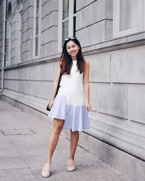 """<div class=""""photoCaption"""">Quite into asymmetrical dress recently. And of course, pair it with sneakers and I'm good for the weekends 😎😎🤘🤘 Check out @danityroses for new launches!💙 #clozette</div>"""
