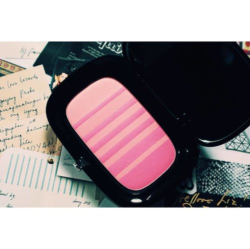 """<div class=""""photoCaption"""">When Sephora wants to take all your money 💰😂 Lush and Libido is not as bright as the picture! I can't wait to try this out. Review will be up for sure. 😘▫️▫️▫️▫️▫️▫️▫️▫️▫️▫️▫️ Air Blush Soft Glow Duo features two shades that merge together so you can customize your coluor for a sexy, natural-looking glow. Infused with Japanese air powder for the ultimate cheek look, this ultra-lightweight, radiant powder is nearly undetectable to the touch and gives your skin a radiant finish. Air Blush is created using a process called soufflage (French for """"air-whipped"""") for a silky-soft, cream-like texture that blends effortlessly with the complexion.An innovative process allows every shade band to extend beyond the surface, for even colour with every brushstroke. Two glowing shades complement each other: the lighter shade highlights and the deeper shade contours. Customize your color by layering and blending as much as you desire to tailor your look for the occasion or the season.Benefits* 24-hour wear.* Striped pattern is inspired by a Marc Jacob dress.* Paraben-free, sulfate-free and phthalate-free.▫️▫️▫️▫️▫️▫️▫️▫️▫️▫️▫️ #makeupaddict #makeupjunkie #makeuplover #beautyjunkie #makeupvanity #makeup #makeupph #beauty #bbloggers #bbloggersph #sephoraph #clozette #lushandlibido #marcjacobs #blush</div>"""