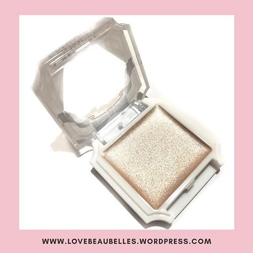 """<div class=""""photoCaption"""">berylbeaubelle: How beautiful is this Canmake highlighter? 😍 Link to review in bio! :) . . . . #LoveBeauBelles #beautyblogger  #beautycare #beautybloggerph #beautyblog #beautyguru #beautytips #beautyproduct #instabeauty #beautyvlogger #bblogger #makeup #makeupartist #makeupaddict #makeupjunkie #makeuplover #makeupforever #makeuprevolution #instamakeup #travelblog #travelblogger #travelblogph #tblogger #instatravel #travelgram #adventure #traveldiaries #instagood #photooftheday #clozette</div>"""