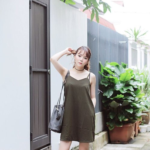 """<div class=""""photoCaption"""">Wishing the weather would cut me some slack 😓🤧 ; In Mandy Slip Dress c/o @faythlabel✨ #faythlabel #aggylowootd . . #pursuepretty#postitfortheaesthetic #singapore#sgblogger #seekthesimplicity #inspiremyinstagram #liveauthentic#finditliveit#chasinglight#socality #postthepeople#makeportraits#pursuitofportraits#igdaily #portraitsmag #welovecleo #clozette#hypebae#snobshots#streetdreamsmag #ootd #clozette #ootdsg</div>"""