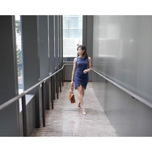 "<div class=""photoCaption"">Knowing the long weekend is ahead of us puts a smile on my face. ⠀ A classy lace dress from @treschiclove and a comfortable pair of nude heels from @heatwaveshoeshq is a quick and reliable go-to when getting ready in the mornings.⠀ .⠀ .⠀ .⠀ .⠀ #clozette #streetstyle_singapore #stylexstyle #sginfluencer #livewithstyle #sgbeauty #ootdcampaign #styyli #vscofashion #sgigstyle #sgstyle# oo7d #ootdsingapore #lookbook #ootdmagazine #classyandfashionable #fashionblogger #travelblogger #chictopia #fashiongram #asseenonme #vscosingapore #heatwaveshoes #hwootd</div>"
