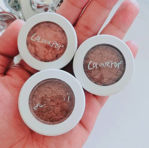 """<div class=""""photoCaption"""">I know it's been a while since @colourpopcosmetics came out with their eyeshadows and I was finally able to try them (better late than never, as I always say)! Find out what I think of it - if it's worth the hype, what shades I got and whether I will try more from them on the blog NinaSinganon.com (direct link on my profile). 😊 #NinaBlogs #colourpop #beautyreview</div>"""