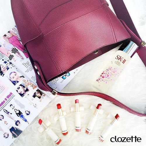 "<div class=""photoCaption"">Spill! Who keeps more than one lipstick in their bag? Our #ZaloraSG x @rizalman71 Ribag is packed with #SKII's Sakura Limited Edition Facial Treatment Essence and five shades of #innisfreeSingapore's Real Fit Velvet Lipstick! #Clozette #ClozetteSHOTS #Realfitvelvetlipstick  Want to be a Clozetter? Join our community today at www.clozette.co for more tips on beauty and fashion! #Clozette #ClozetteSHOTS</div>"