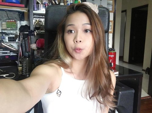 """<div class=""""photoCaption"""">TGIF!! This is obviously a throwback photo, but click the link in my bio to watch me eat spicy stuff. 🌶🌶🌶 .  #spicyramenchallenge #weeklyvlog #youtube #selfie #potd #tgif #clozette #chinaphilidoll #linkinbio</div>"""