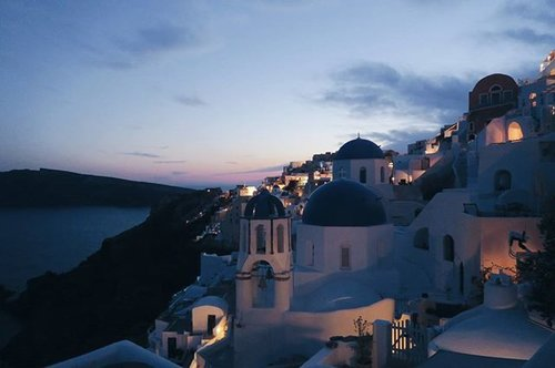 "<div class=""photoCaption"">And when I thought that #Santorini couldn't get any more beautiful, it did  #greece#oia#travel#sunset #clozette</div>"