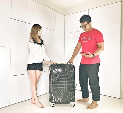 """<div class=""""photoCaption"""">Always dreamt of a clutter-free home or office? Here's some good news for you guys. Uncluttering has now been made easier much thanks to @beamspacecom Beam is your personal storage space concierge with FREE pickup every time, at your convenience. Small boxes start at $4 per month. As for me, I've managed to pack away a luggage full of winter clothes and jackets from my travelling days in exchange for babyC's growing necessities, to create more space in our cozy abode. BabyC is growing up fast and I foresee that we will require a lot more space to accommodate her growth journey. For those who are interested to unclutter your home, here's sharing $20 off your first 2 months of storage with my promocode """"HFON"""" Clearer space. Cleaner home. #ADvocates #BeamSpace #BeamStorage #emptybaggages #cinlurveadv</div>"""